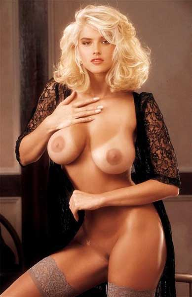 Anna nicole topless photos are not