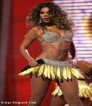 Beyonce Knowles on stage