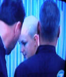 Britney Spears shaved her head