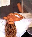 Claudia Schiffer open wide
