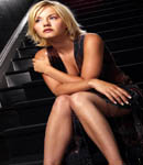 Elisha Cuthbert dress pose
