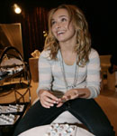 Hayden panettiere goes shopping