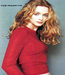 Heather Graham hot pic red top