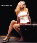 Kirsten Dunst short skirt high heel