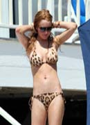 Lindsay Lohan hot body