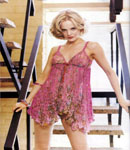 Mena Suvari pink dress