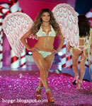 Alessandra Ambrosio angel