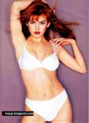 Isla Fisher white bikini