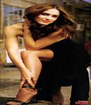 Jennifer Garner poses