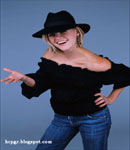 Reese Witherspoon hat & jeans