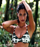 Yasmeen Ghauri cute top