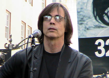 Jackson Browne at anti war rally in Hollywood 031707