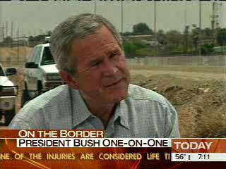 Bush goes to the border to stop immigration