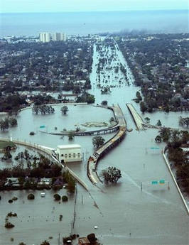 New Orleans if flooded Katrina is over. Might as well grab some beer 082805