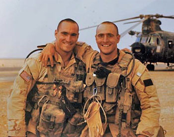 Pat Tillman and his brother Kevin in Iraq