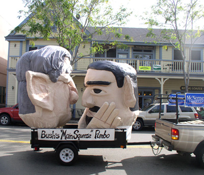 Richard Pombo kisses George W. Bush